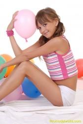 http://thumbnails105.imagebam.com/21733/ea64e5217323086.jpg