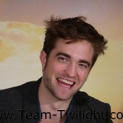 Imagenes/Videos Promocion de Amanecer Part 2 (USA) 1532b2218225555