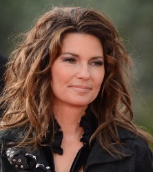 Shania Twain Arriving At Ceasars Palace On A Horse November 14, 2012 HQ x 26