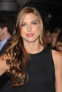 Alex Morgan - The Twilight Saga: Breaking Dawn - Part 2, Los Angeles (11/12/2012) - (4xMQ)