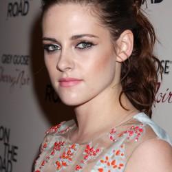 Kristen Stewart - Imagenes/Videos de Paparazzi / Estudio/ Eventos etc. - Página 31 3eb1b9225852146