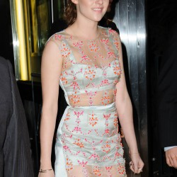 Kristen Stewart - Imagenes/Videos de Paparazzi / Estudio/ Eventos etc. - Página 31 5d9faa225864556