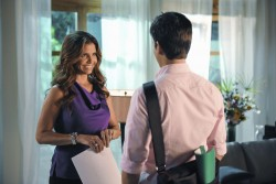 Charisma Carpenter - The Lying Game 2x02 'Cheat, Pray, Love' Stills