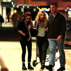 Kristen Stewart - Imagenes/Videos de Paparazzi / Estudio/ Eventos etc. - Página 31 236836229010843