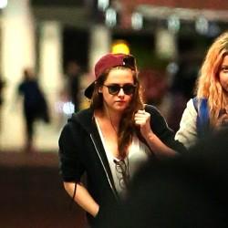 Kristen Stewart - Imagenes/Videos de Paparazzi / Estudio/ Eventos etc. - Página 31 94c0cf229010805