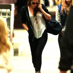 Kristen Stewart - Imagenes/Videos de Paparazzi / Estudio/ Eventos etc. - Página 31 E6b67e229010047