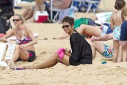 Halle Berry - on the beach in Maui 3/26/13