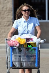 Britney Spears - out shopping in Louisiana 3/30/13