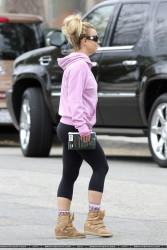 Britney Spears - Ass in Tights - 4/14/13 - HQ-Tagged