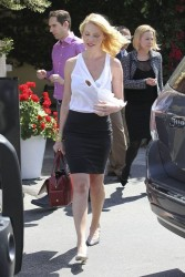 Katherine Heigl - out for lunch in LA 4/15/13