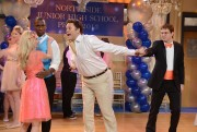SNL 4/13 skits; Kate McKinnon, Cecily Strong, Nasim Pedrad
