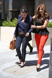 Kim Kardashian - Out and about in LA 4/18/13
