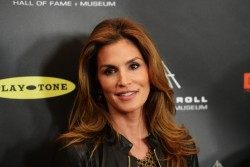 Cindy Crawford - 28th Annual Rock And Roll Hall of Fame Induction Ceremony in LA 4/18/13 *ADDS*