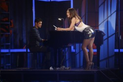Katharine McPhee - Pics from &amp;quot;Smash&amp;quot;(S02E13) - Short Shorts x 4 HQ