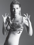 M&eacute;lanie Laurent - Naked and Holding a Crab... (HQ)