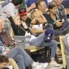 Taylor Lautner - Imagenes/Videos de Paparazzi / Estudio/ Eventos etc. - Página 38 125e3b256336600