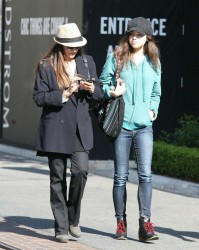 India Eisley - Out and about candids in Hollywood - May 15, 2013 | 9 HQs