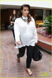 Kim Kardashian - Leaving doctors office in Beverly Hills 6/6/13