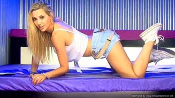 Sophia Knight 0cbdca259419362