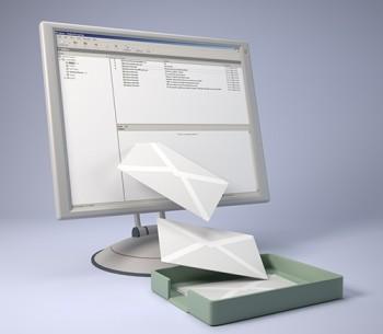 Kirim pesan lewat email - Ist