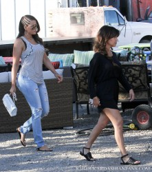 Khloe & Kourtney Kardashian - Furniture shopping in Malibu 6/20/13