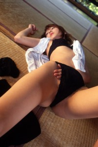 http://thumbnails105.imagebam.com/26197/9aee99261960808.jpg