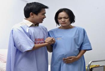Ibu hamil ingin melahirkan - Ist