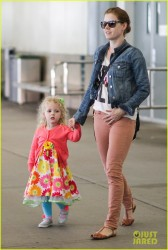 Amy Adams - at Vancouver Airport 7/2/13