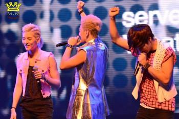 [PICS] NU'EST LOVE TOUR - Singapura [Show + Hi5] D5aa27266098588
