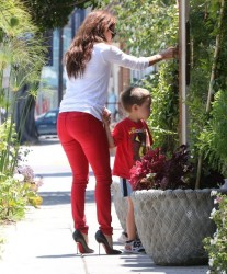 Eva Longoria - Arriving to a hair salon in West Hollywood 7/23/13