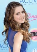 Laura Marano - Teen Choice Awards 2013 at Gibson Amphitheatre in Universal City   11-08-2013   3x 000df0270056102