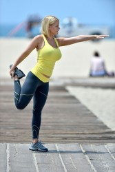 e9b2c1270454388 [Ultra HQ] Carrie Keagan   at a photoshoot in LA 8/13/13 high resolution candids