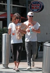 Jessica Szohr - Getting lunch in Hollywood 9/1/13