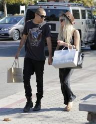 Ashlee Simpson - Shopping in Malibu 9/14/13