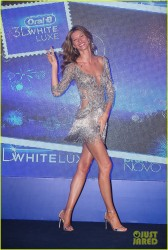 Gisele Bundchen - Oral B Event in Sao Paulo, Brazil 12/10/13