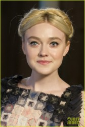 Dakota Fanning - Chanel �Metiers d�Art� Show in Dallas 12/10/13
