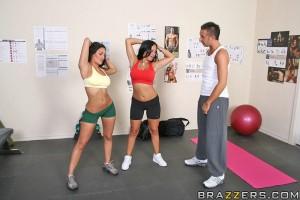 10332a294627273 Cogiendo con Dos Putitas Infernales en el Gym! (0 puntos)