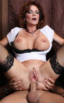 Milf Deauxma Anal in Thirsty for COCKtail 720p Cover
