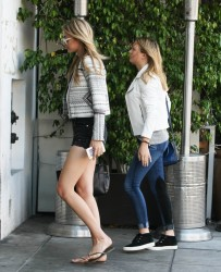 Gigi Hadid - Out & About in Beverly Hills 4/17/15