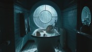 Morena Baccarin - Gotham 1x20 (bath-tub/towel) 1080p