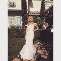 Elle Fanning - Prom Dress Twitpic