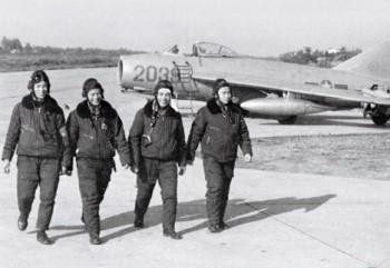 Vietnam War Aircrafts Losses: NVPAF and USAF - Page 2 8b396c407014246