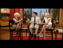 Christina Aguilera Regis And Kelly 10.06.2010  Interview & Perfomance