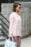 Jessica Alba - Going to a meeting in LA 5/8/15