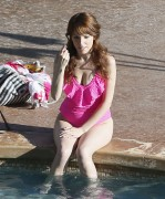 Anna Kendrick | Swimsuit Candids poolside in Hawaii | June 11 | 21 pics