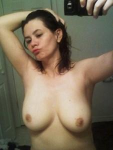 http://thumbnails105.imagebam.com/41582/bb93ef415813893.jpg