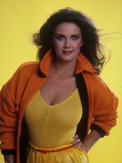 Lynda Carter: They're Real & They're Spectacular II: Upgrade + More