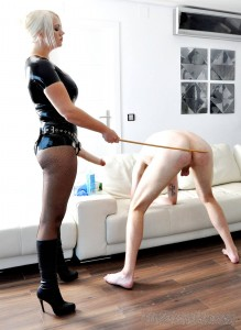 new 14.07.2015 Strap-on Pounding complete