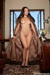 http://thumbnails105.imagebam.com/41890/ac22e5418894555.jpg