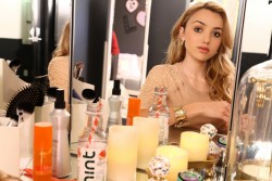 Peyton Roi List - Showing her new dressing room